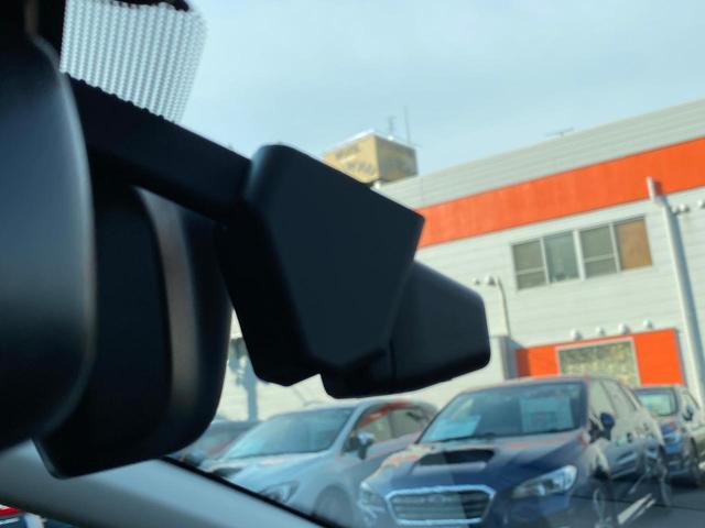 GT-H EX アイサイトX STIエアロパッケージ 11.6インチ純正ナビ セイフティプラス ETC バックカメラ ドライブレコーダー 全席シートヒーター 禁煙車(12枚目)