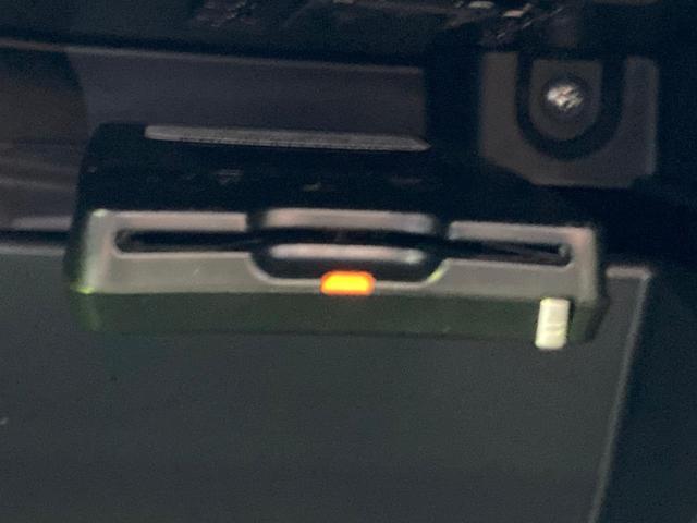 STI スポーツ 純正ナビ ETC バックカメラ 6速MT 禁煙車 クルーズコントロール スマートキー シートヒーター LEDヘッドライト(10枚目)
