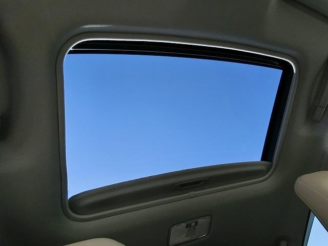 レクサス CT CT200h バージョンL 本革 サンルーフ LED 禁煙車