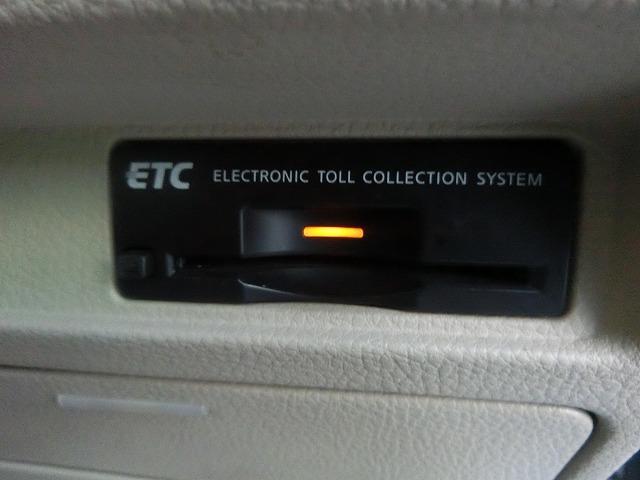 日産 フーガ 250GT 純正HDDナビ DVD再生 純正18インチAW