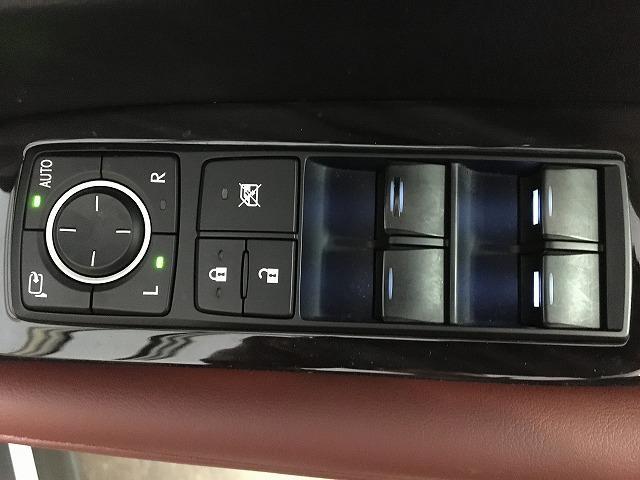 「レクサス」「RX」「SUV・クロカン」「大阪府」の中古車59