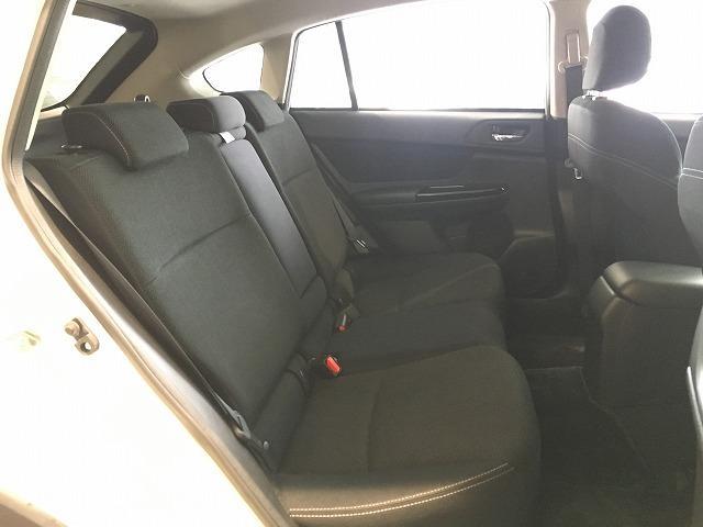 「スバル」「XVハイブリッド」「SUV・クロカン」「大阪府」の中古車12