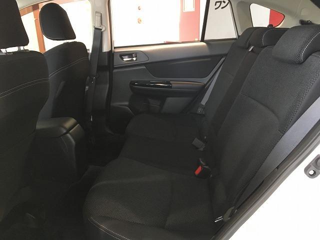 「スバル」「XVハイブリッド」「SUV・クロカン」「大阪府」の中古車52