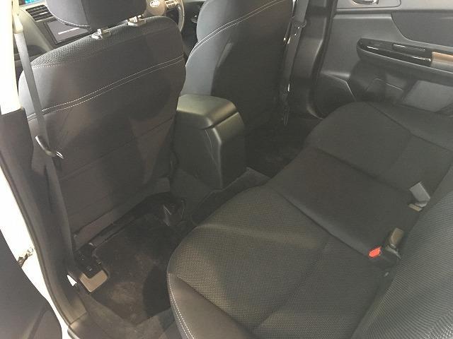 「スバル」「XVハイブリッド」「SUV・クロカン」「大阪府」の中古車53