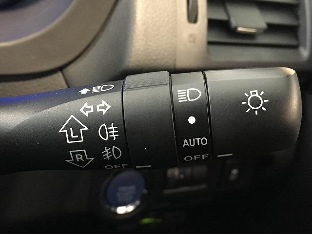 「スバル」「XVハイブリッド」「SUV・クロカン」「大阪府」の中古車58