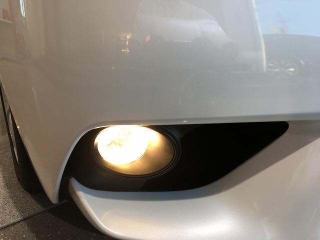 IS300h 禁煙車 Fスポーツ18インチAW 黒ハーフレザーシート メーカーSDナビ プリクラッシュセーフティ レーダークルーズコントロール LEDヘッドライト ビルトインETC パドルシフト シートヒーター(29枚目)