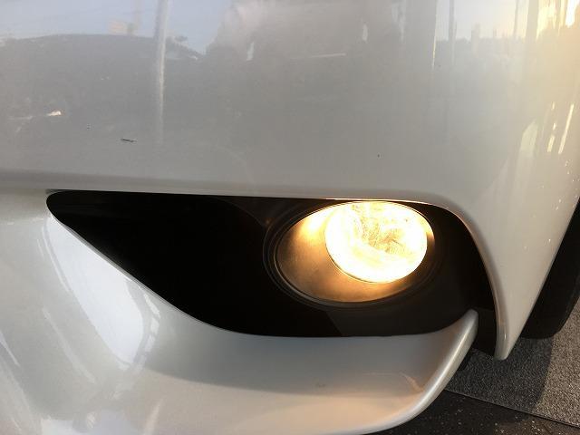 IS300h 禁煙車 Fスポーツ18インチAW 黒ハーフレザーシート メーカーSDナビ プリクラッシュセーフティ レーダークルーズコントロール LEDヘッドライト ビルトインETC パドルシフト シートヒーター(32枚目)