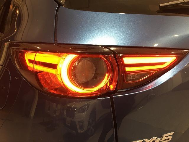 XD プロアクティブ 4WD 禁煙車 マツダスピードエアロ レーダークルーズ コーナーセンサー オートビークルホールド レーンキープアラート ビルトインETC LEDライト 純正SDナビ バック&サイドカメラ 純正19AW(36枚目)