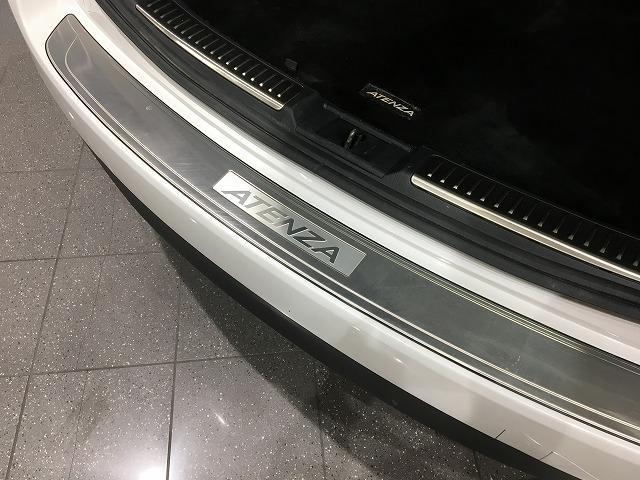 XD Lパッケージ ターボ ワンオーナー サンルーフ BOSEサウンド 黒革シート レーダークルーズ シートヒーター RVM パワーシート パドルシフト ケンウッドナビ フロント&バックカメラ 純正19インチAW(42枚目)