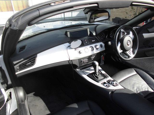 「BMW」「BMW Z4」「オープンカー」「大阪府」の中古車17