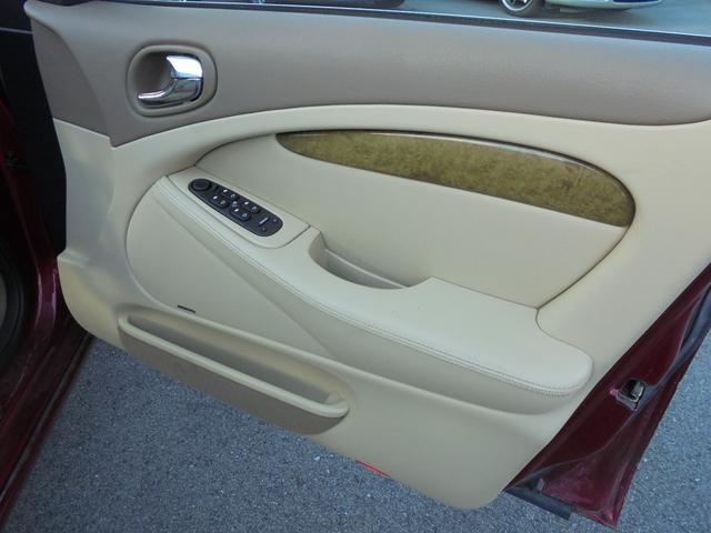 ジャガー ジャガー Sタイプ 3.0V6 禁煙車 レザーシート 安心ロング無料保証