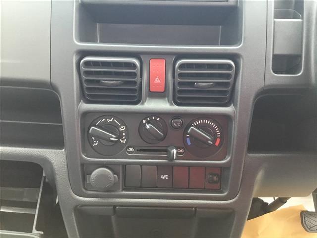 DX 3AT パートタイム4WD AC PS WエアB(4枚目)