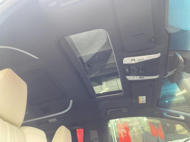 3.5エグゼクティブラウンジS ホワイトレザーシート サンルーフ 純正ナビJBLサウンド ミュージックプレイヤ ブルーレイ DVD フルセグTV 全周囲カメラ ETC 3眼LEDヘッドランプ 衝突被害軽減ブレーキ(26枚目)