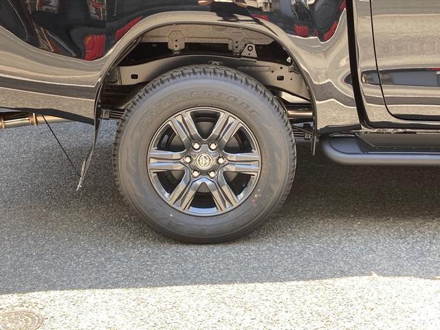 Z GRスタイリングキット バンパーカバー アンダーカバー サイドステップ スポーツバー ドレスアップマフラー マットフラップ装着 LEDヘッドライト フォグランプ 衝突安全 車線逸脱警報(11枚目)