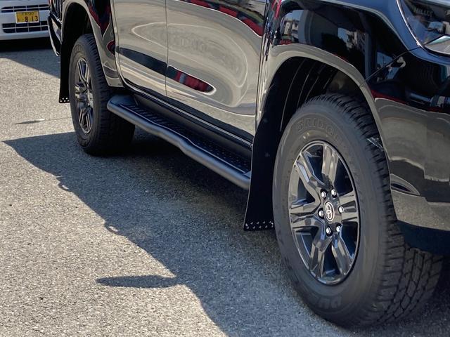 Z GRスタイリングキット バンパーカバー アンダーカバー サイドステップ スポーツバー ドレスアップマフラー マットフラップ装着 LEDヘッドライト フォグランプ 衝突安全 車線逸脱警報(13枚目)