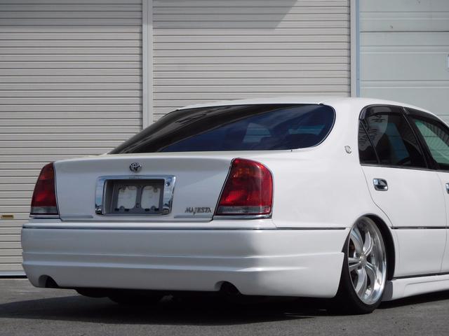 トヨタ クラウンマジェスタ 3.0A 社外フルエアロ フルタップ車高調 19インチアルミ