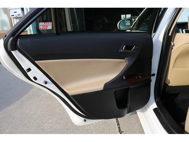 250G 前後G´s仕様 新品車高調 新品19インチアルミ 新品タイヤ 4本出しマフラーカッター ナビ 地デジTV ETC スマートキー パワーシート バックカメラ 全国保証対応 HIDヘッドライト(33枚目)
