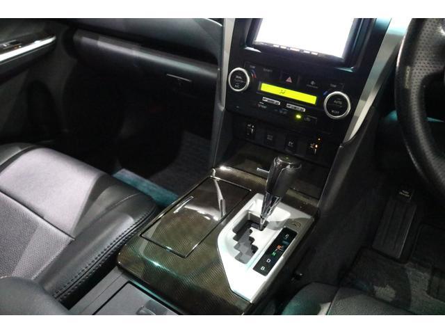 ハイブリッド Gパッケージ サンルーフ 後期スピンドルエアロバンパー 車高調 新品19インチアルミ 新品カスタムヘッドライト エンジンスターター バックカメラ ナビ 地デジTV スマートキー ETC パワーシート HIDライト(45枚目)