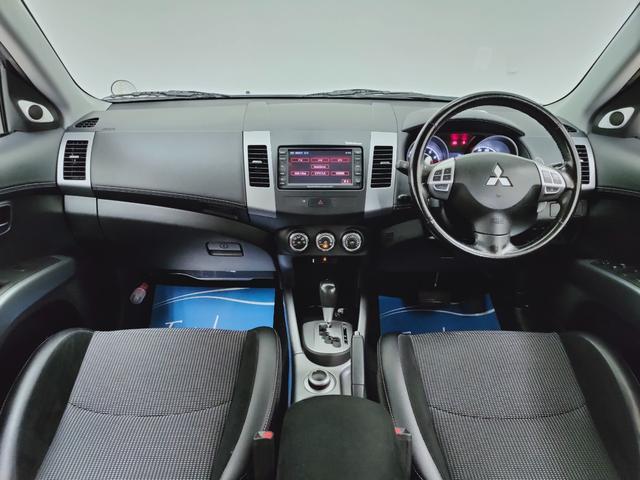 ローデスト20G 全国対応保証 HDDナビ バックカメラ ETC HID クルーズコントロール ハーフレザー 3列シート7人乗り 当店下取り直売車(8枚目)