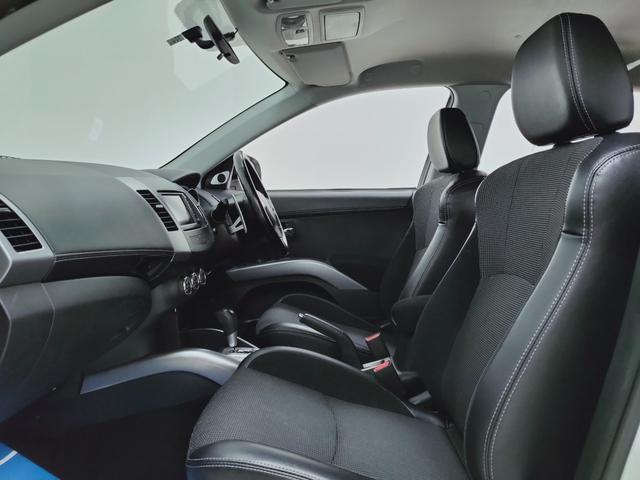 ローデスト20G 全国対応保証 HDDナビ バックカメラ ETC HID クルーズコントロール ハーフレザー 3列シート7人乗り 当店下取り直売車(11枚目)