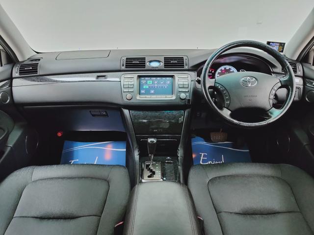 運転席・助手席も定期的な手入れをされておられましたので、シート状態は良好。是非、現車をご覧ください♪