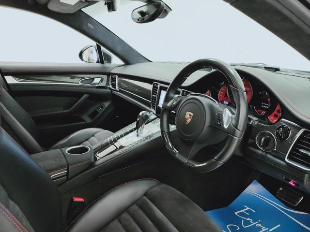 GTS 全国対応1年保証 当社管理顧客様車両 サンルーフ GTSアルカンターラコンビレザー全席ヒーター 追従 レーンキープ 911ターボII20AW スポクロ エアサス スマートエントリー スポエグ(7枚目)