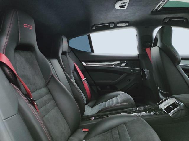 GTS 全国対応1年保証 当社管理顧客様車両 サンルーフ GTSアルカンターラコンビレザー全席ヒーター 追従 レーンキープ 911ターボII20AW スポクロ エアサス スマートエントリー スポエグ(12枚目)