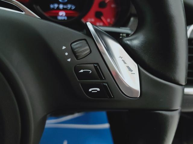 GTS 全国対応1年保証 当社管理顧客様車両 サンルーフ GTSアルカンターラコンビレザー全席ヒーター 追従 レーンキープ 911ターボII20AW スポクロ エアサス スマートエントリー スポエグ(28枚目)