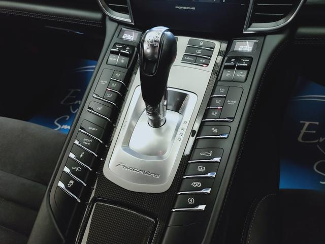 GTS 全国対応1年保証 当社管理顧客様車両 サンルーフ GTSアルカンターラコンビレザー全席ヒーター 追従 レーンキープ 911ターボII20AW スポクロ エアサス スマートエントリー スポエグ(31枚目)