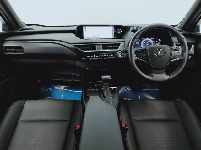 UX250h バージョンC プリクラ レーダークルーズ レーンキープ オートマチックハイビーム LTex黒革Pシートヒーター ハンドルヒーター 11.5フルセグナビ  三眼LED  コーナーS ドラレコ PWバックゲート BSM(8枚目)