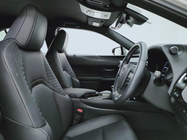 UX250h バージョンC プリクラ レーダークルーズ レーンキープ オートマチックハイビーム LTex黒革Pシートヒーター ハンドルヒーター 11.5フルセグナビ  三眼LED  コーナーS ドラレコ PWバックゲート BSM(10枚目)