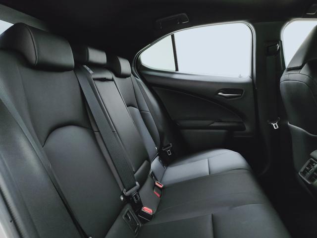 UX250h バージョンC プリクラ レーダークルーズ レーンキープ オートマチックハイビーム LTex黒革Pシートヒーター ハンドルヒーター 11.5フルセグナビ  三眼LED  コーナーS ドラレコ PWバックゲート BSM(12枚目)