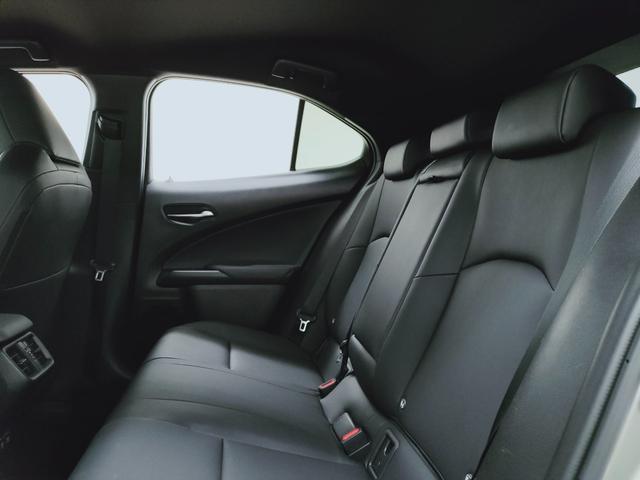 UX250h バージョンC プリクラ レーダークルーズ レーンキープ オートマチックハイビーム LTex黒革Pシートヒーター ハンドルヒーター 11.5フルセグナビ  三眼LED  コーナーS ドラレコ PWバックゲート BSM(13枚目)