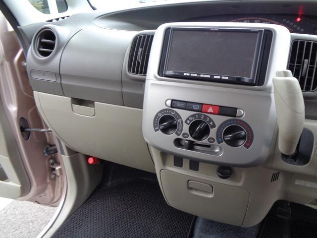 L PS PW マニュアルエアコン Wエアバック 衝突安全ボディ キーレス 片側スライドドア 左側ピラーレス アイドリングストップ フルセグ社外ナビ(10枚目)