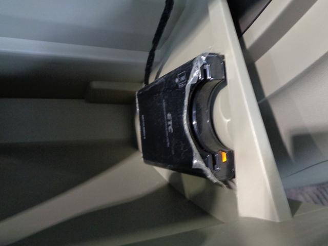 L PS PW マニュアルエアコン Wエアバック 衝突安全ボディ キーレス 片側スライドドア 左側ピラーレス アイドリングストップ フルセグ社外ナビ(26枚目)