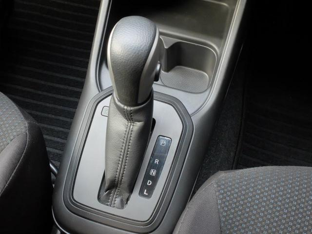 ハイブリッドMG 4WD ナビ シートヒーター ETC(9枚目)
