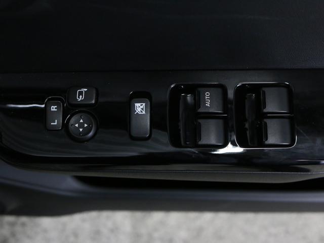 ベースグレード 5MT 社外ナビ フルセグ 純正15AW HKSブローオフ HIDオートライト レカロシート 革巻ステア ステリモ オートエアコン ウィンカーミラー スマートキー プッシュスタート タワーバー フォグ(15枚目)