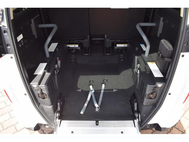 ハイブリッドG・ホンダセンシング 車いす仕様車 電動ウインチ(11枚目)
