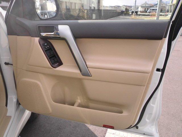 「トヨタ」「ランドクルーザープラド」「SUV・クロカン」「和歌山県」の中古車32
