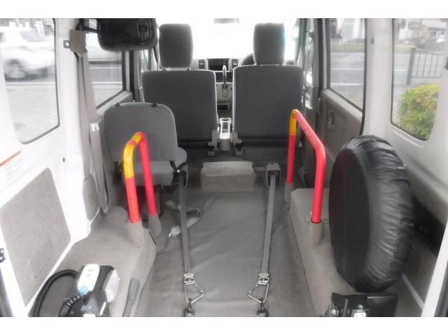 スローパー補助シート付4人乗3速AT ウインチ電動固定装置(14枚目)