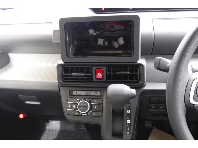 X 登録届け出済未使用車 シートヒーター シートリフター(18枚目)