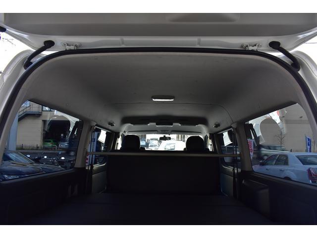 トヨタ レジアスエースバン ロングワイドスーパーGL リアベットキット HDDナビ