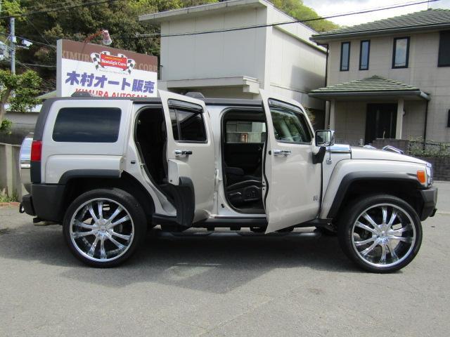 「ハマー」「ハマー H3」「SUV・クロカン」「和歌山県」の中古車6