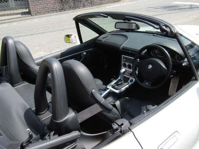 「BMW」「BMW Z3ロードスター」「オープンカー」「和歌山県」の中古車16