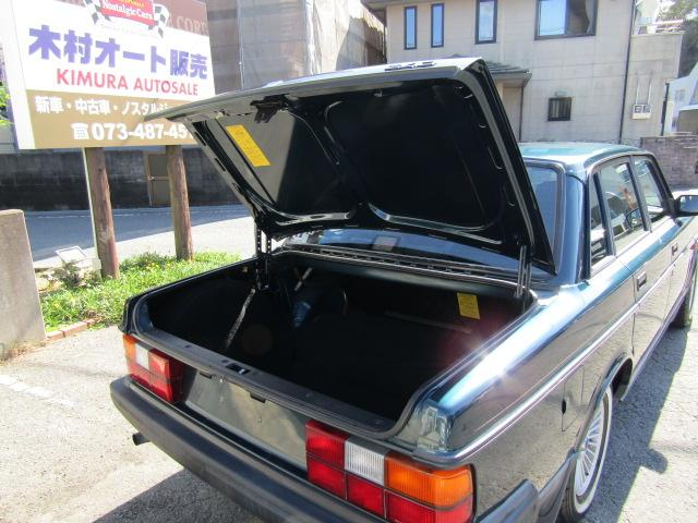 「ボルボ」「ボルボ 240」「セダン」「和歌山県」の中古車25