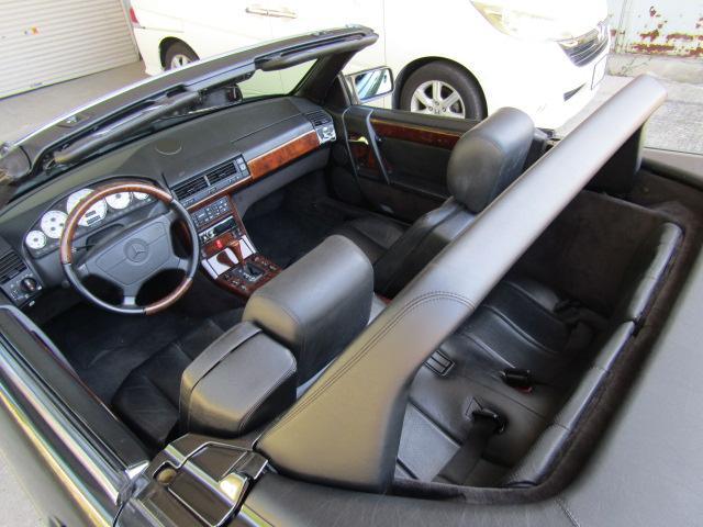 「メルセデスベンツ」「SLクラス」「オープンカー」「和歌山県」の中古車31
