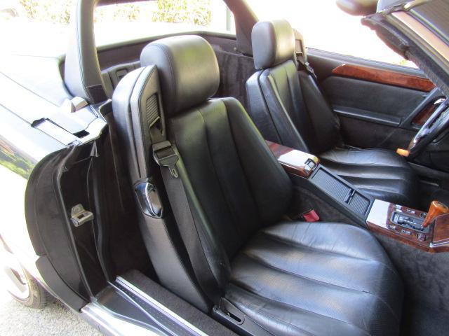 「メルセデスベンツ」「SLクラス」「オープンカー」「和歌山県」の中古車33