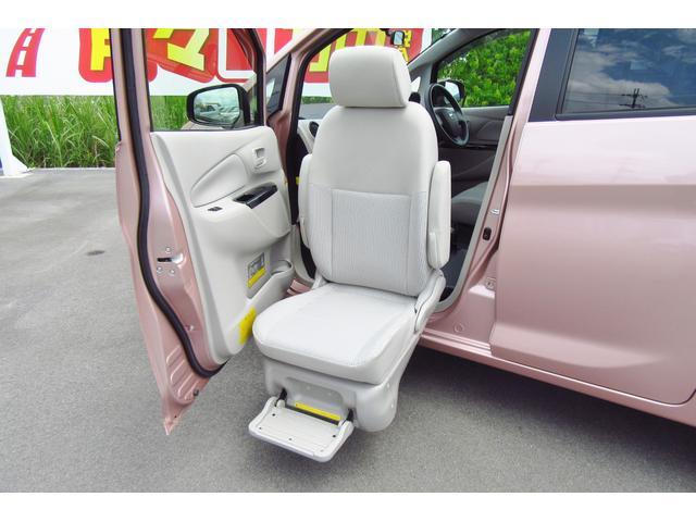 J 保証付 スライドアップシート フルセグ対応ナビ 軽自動車(8枚目)