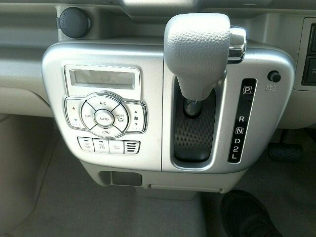 PZターボスペシャル 届出済未使用車 両側電動スライドドア HID キーレス プッシュスタート(11枚目)