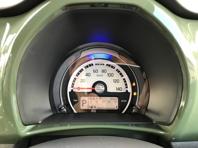 燃費状況も確認できる液晶付きのメーターです♪イグニッションON/OFFで遊び心のあるアニメーションの表示もしてくれます♪